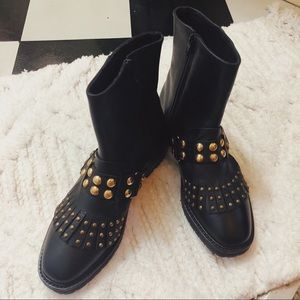 Nasty Gal Black & Gold Boots! NEVER BEEN WORN